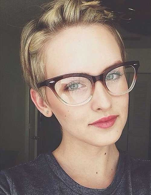 Cute Pixie Hairstyle
