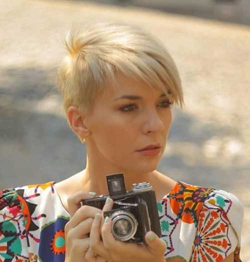 Hairstyles for Little Girls with Short Hair