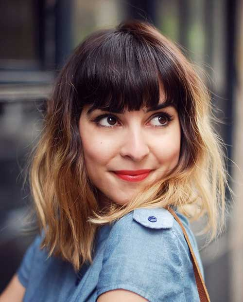 Wavy Short Hairstyle with Blunt Bangs in Front