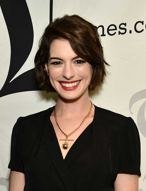 Anne Hathaway Celebrity Hairstyle
