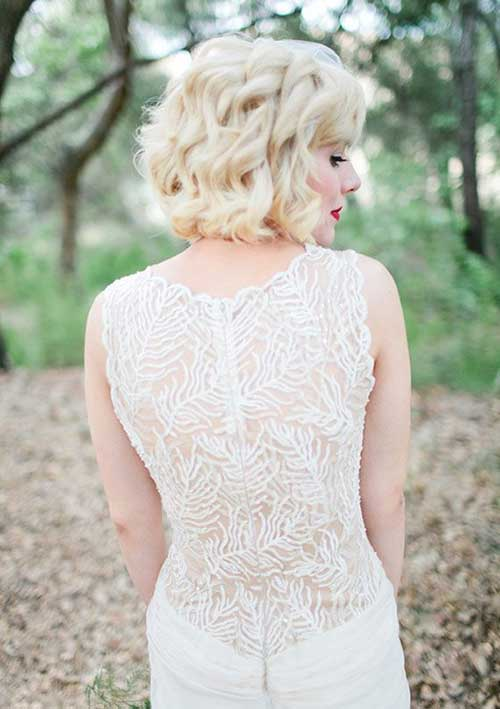 Neat Blonde Curly Short Haircuts for Bride