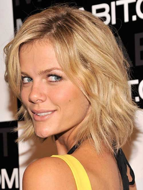 Brooklyn Decker Layered Blonde Hair