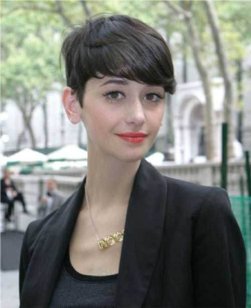 Cecilia Méndez Dark Pixie Hair for Girls