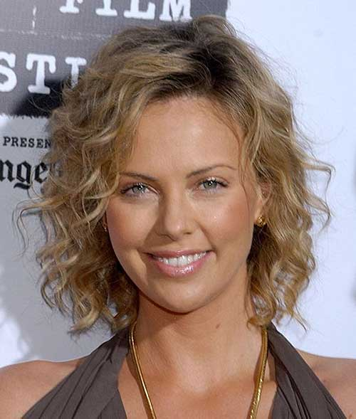 Charlize Theron Curly Hairstyle