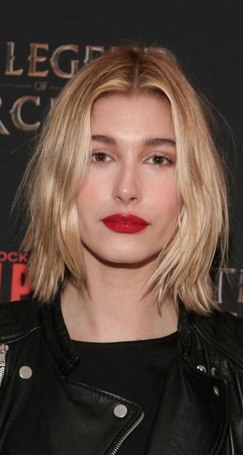 Hailey Baldwin Layered Haircut 2015