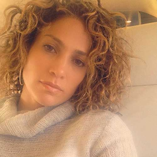 Jennifer Lopez Short Curly Hairstyle