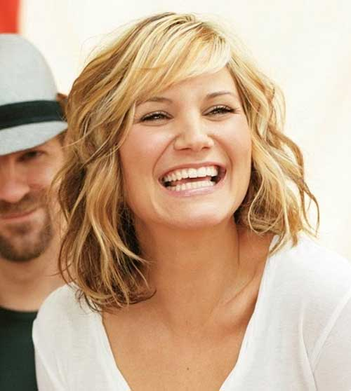 Jennifer Nettles Medium Length Hair