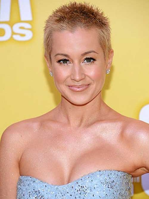 Kellie Pickler Shaved Head for Girls