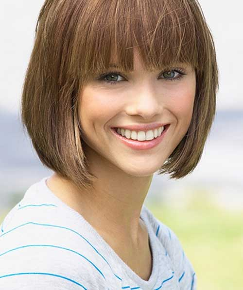 Cute Straight Mom Hair with Bangs