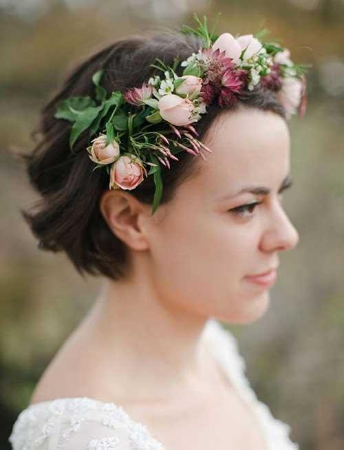 Short Neatly Bridal Haircuts