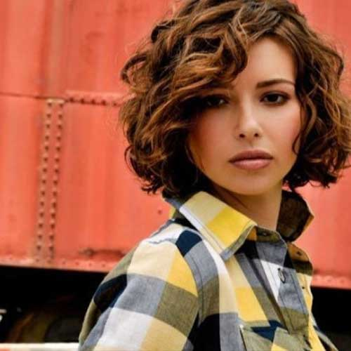 Short Curly Hairstyles for Girls Round Faces