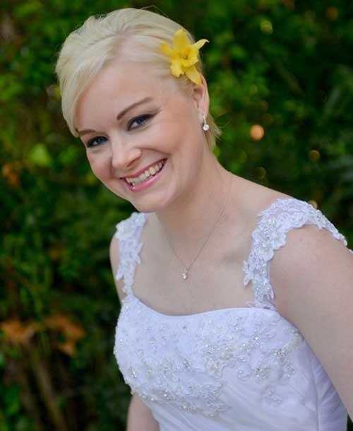Simple Short Bride Hairstyles