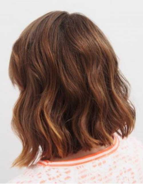 Messy Beachy Waves for Short Hair