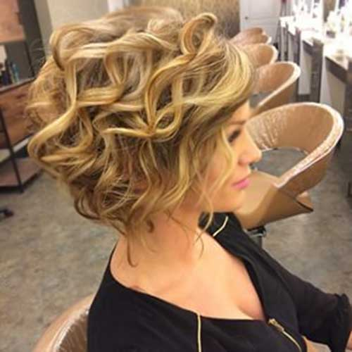 Short Haircuts For Curly Wavy Blonde Hair