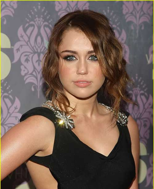 Pleasant Short Wavy Hairstyles For Round Faces Short Hairstyles 2016 Short Hairstyles Gunalazisus