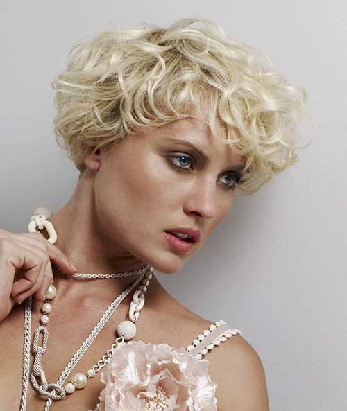 Short Wedge Cut for Curly Thin Hair