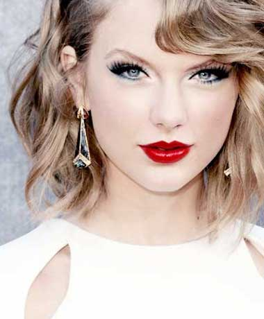 Celebrities With Short Curly Hair Archives Short Haircut Com