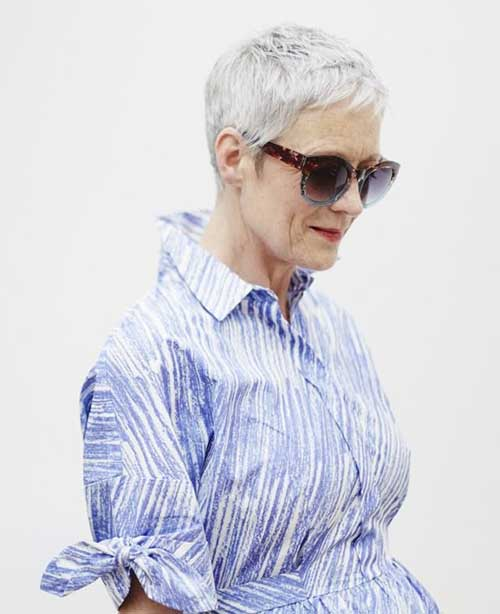 Simple Trending Older Women Pixie