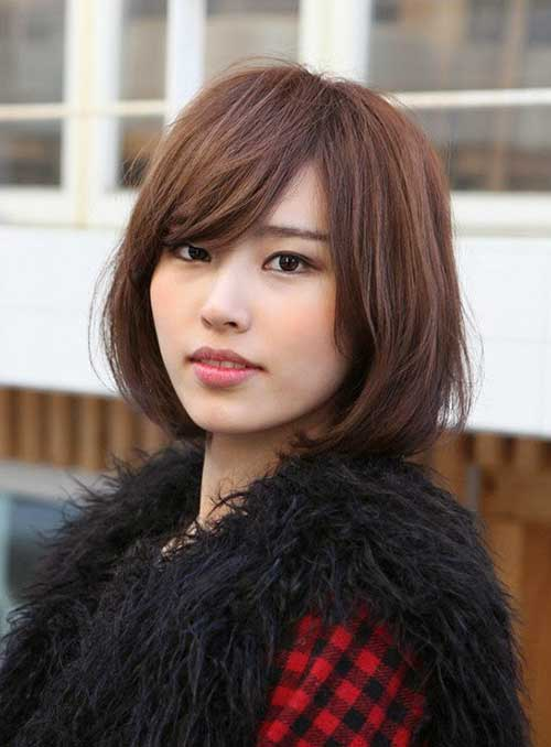 Asian Straight Layered Hair With Side Bangs Short Straight ...