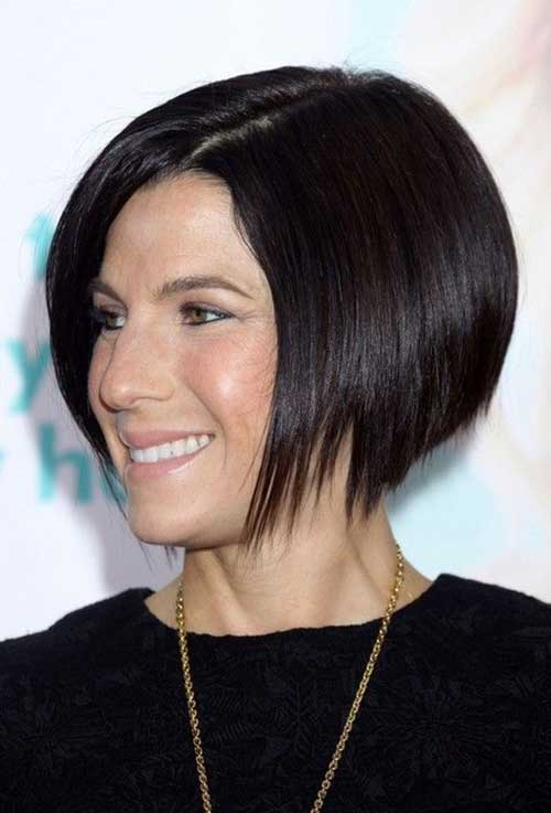 Brunette Line Bob Hairstyles