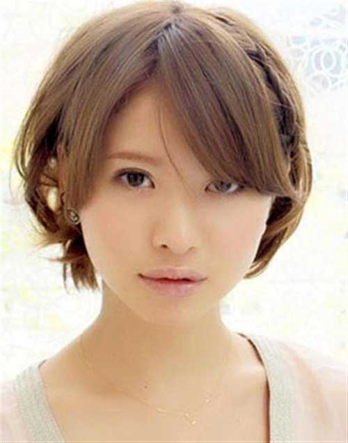 Cute Short Bob Hair with Bangs for Round Face