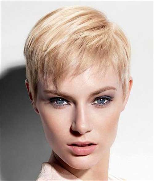 Cute Short Blonde Hairstyle For Thin Hair
