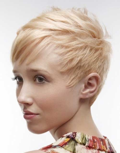 Cute Short Pixie Hair for Round Face