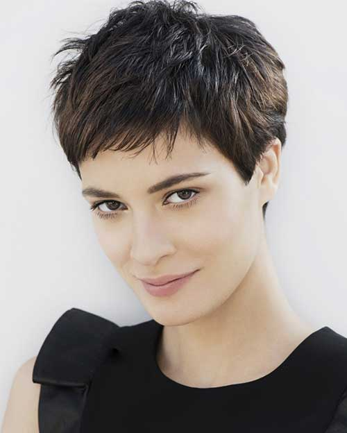 Cute Simple Pixie Hairstyles For Short Hair