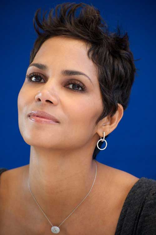 Halle Berry Curly Pixie Hairstyle Ideas