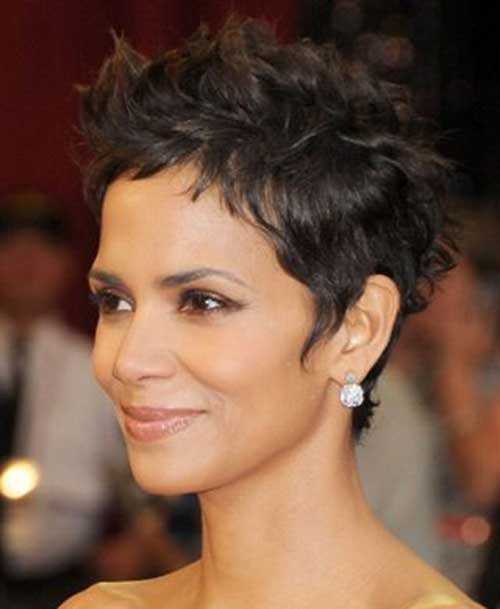 19 Halle Berry Pixie Cuts - crazyforus