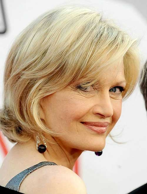 Nice Layered Bob Haircut for Mature Women