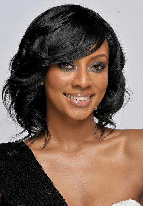 Layered Short Bob Hairstyles with Bangs for Black Ladies