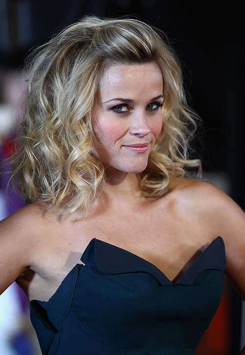 Reese Witherspoon Wavy Hairstyles Popular Haircuts Medium Hair Styles Medium Length Hair Styles Long Hair Styles