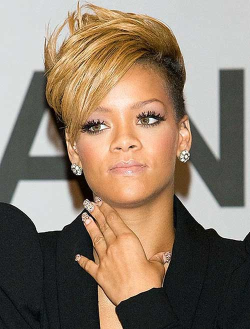 Rihanna Side Swept Short Blonde Hair
