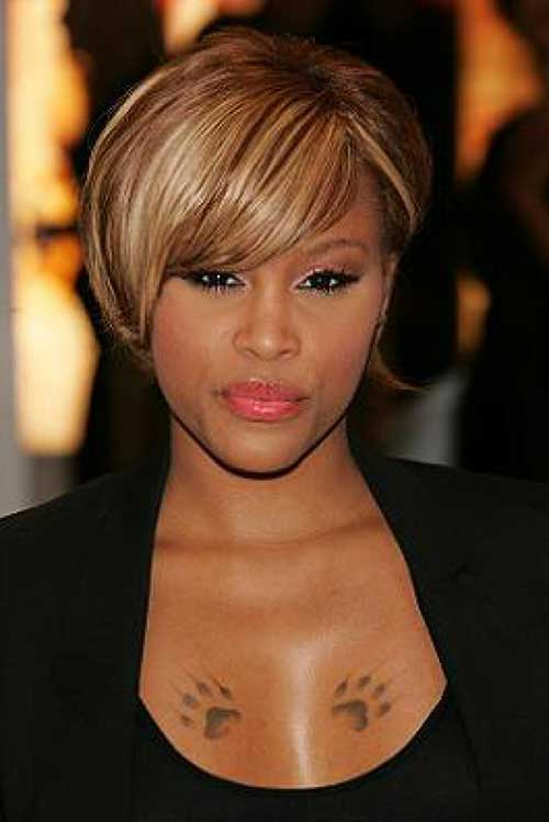 Short Blonde Hair Ideas with Bangs for Black Women