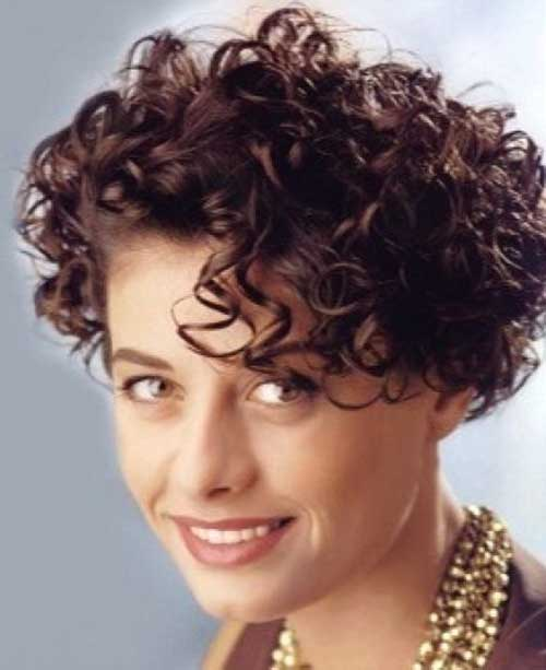 short naturally curly hair styles 20 naturally curly hairstyles hairstyles 3561 | Short Curly Natural Brown Hair