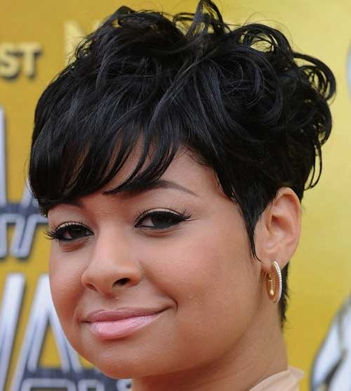 Short Curly Pixie Ideas for Black Women Round Face