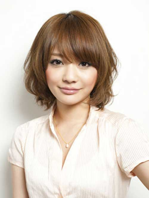 Short Cute Hairstyles with Side Bangs for Thick Brown Hair