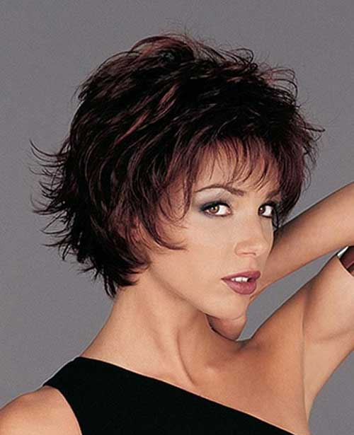 Short Layered Pixie Ideas for Over 40