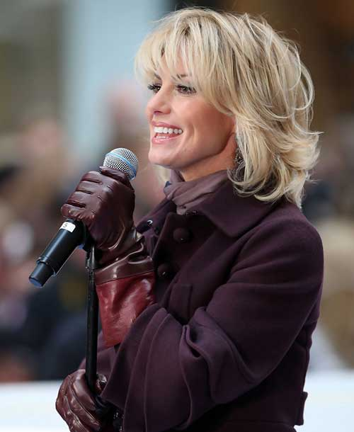 Short Lenght Blonde Layered Haircuts