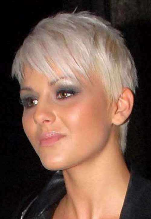 Short Lenght Layered Pixie Haircuts