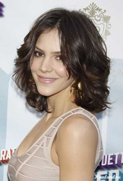 Short Medium Length Wavy Haircut