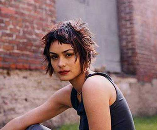 Short Razor Layered Bob Haircut