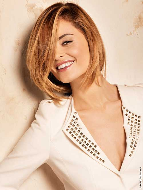 Short Straight Hair Round Faces Style