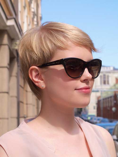 Short Textured Haircut Pixie Cut