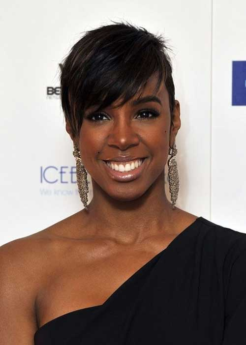 Side Swept Short Hairstyles for Black Women Rounded Face