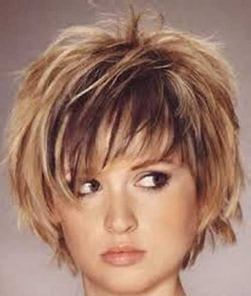 Straight Short Layered Hair Pictures for Chubby Faces
