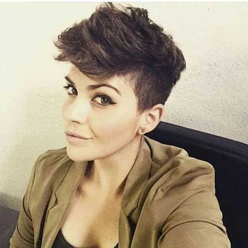 Pixie Cuts for Thick Hair-13