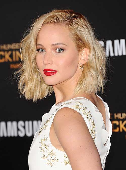 Celebrity Short Hairstyles-14