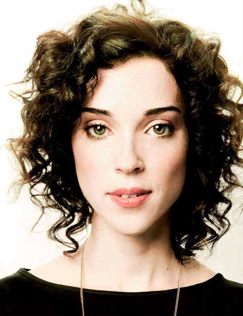 curly styles for short hair 25 chic curly hairstyles 2079 | 14.Curly Short Hairstyle